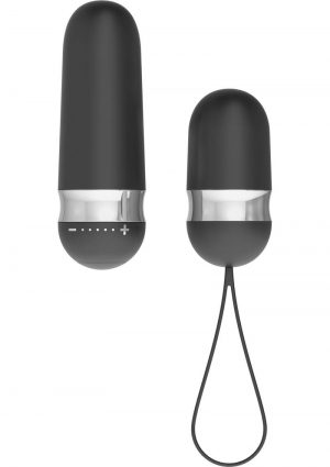 OVO R4 Silicone Rechargeable Bullet With Wireless Remote Showerproof Black And Chrome